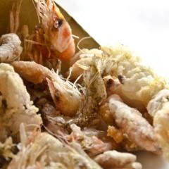 Cono di Calamaretti, Schille e Uova di Moletto ... fritti