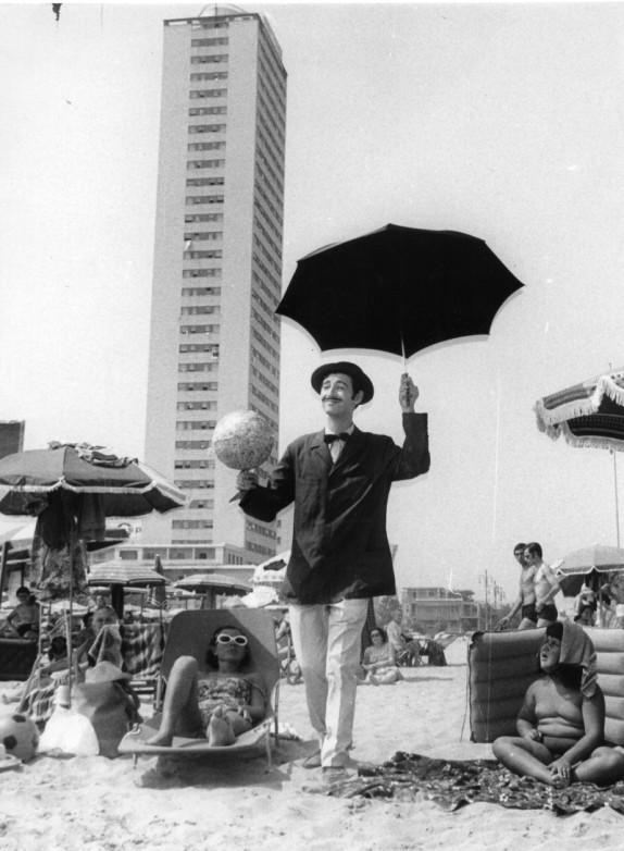 Il Grattacielo di Cesenatico - Archivio Candoli