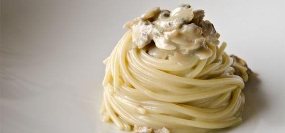 New localism di Stefano Bartolini: Spaghetti e Poverazze